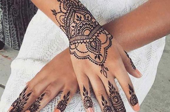 Henna Tattoo Art: Henna Tatoo Artists
